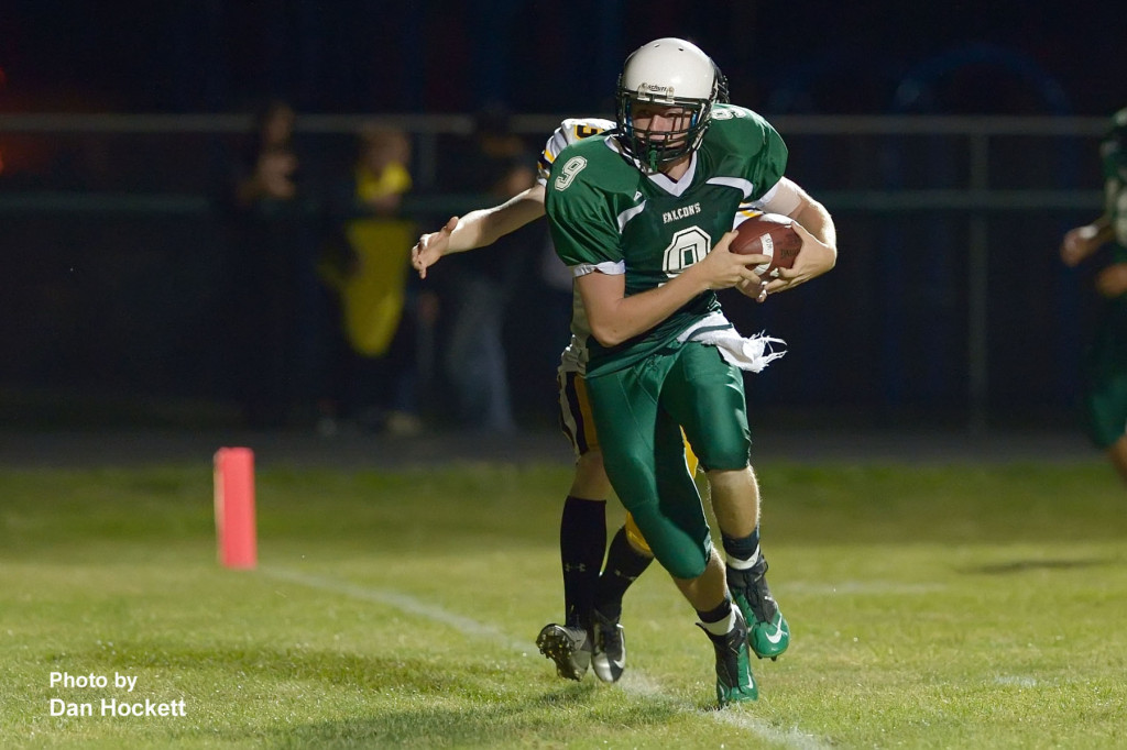 Photo by Dan Hockett West Burlington – Notre Dame Tight End Springer DeRosear scores a touchdown on a pass from Brant Wrede in the second quarter of Friday night's homecoming game in West Burlington. L&M defeated WBND, 72-34.