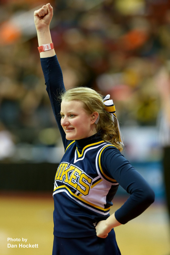 Photo by Dan Hockett Notre Dame Cheerleader.